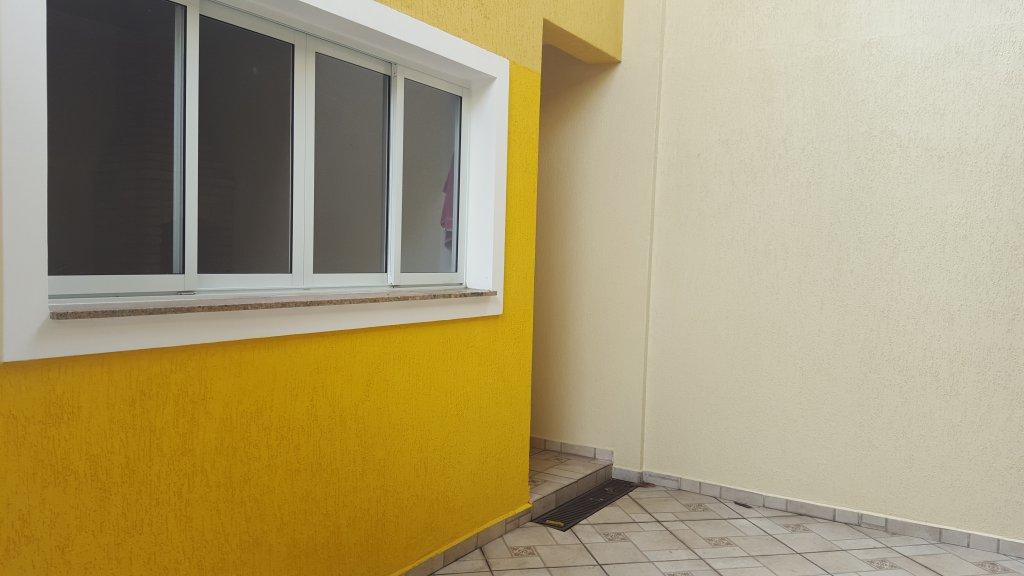Casa de 3 dormitórios à venda em Jardim Cupecê, São Paulo - SP