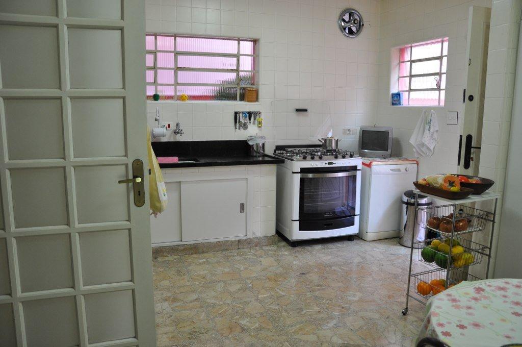 Casa Comercial de 3 dormitórios em Campo Belo, São Paulo - SP