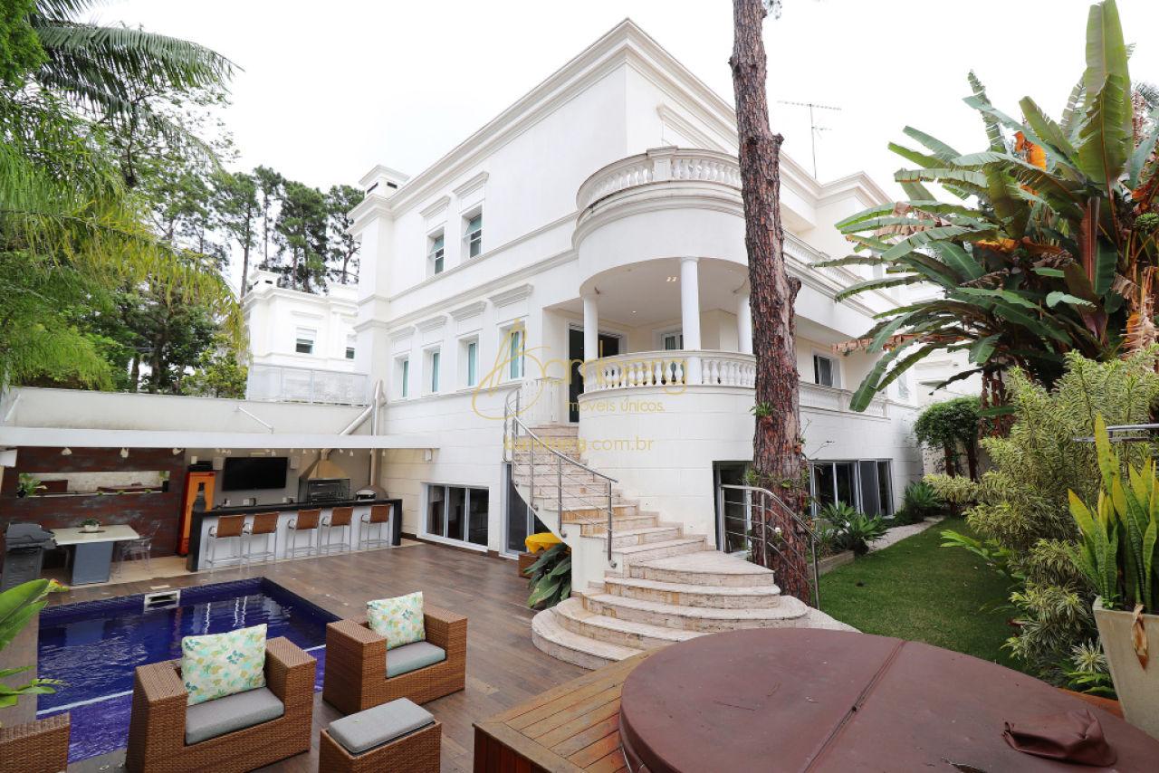 Casa em Condomínio para Venda - Chácara Monte Alegre