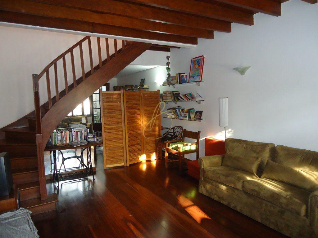 Casa de 2 dormitórios à venda em Vila Nova Conceição, São Paulo - SP