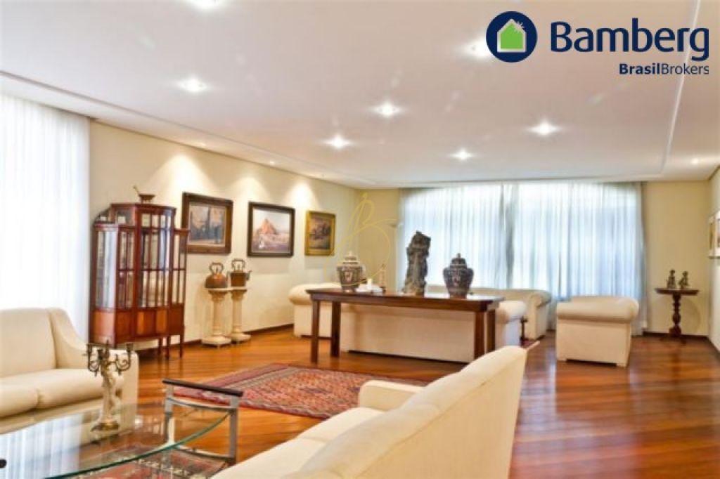 Casa de 6 dormitórios à venda em Planalto Paulista, São Paulo - SP