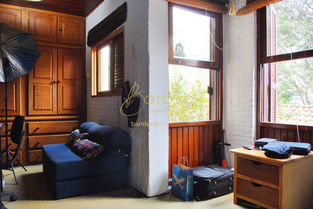 Casa de 4 dormitórios em Vila Olimpia, São Paulo - SP