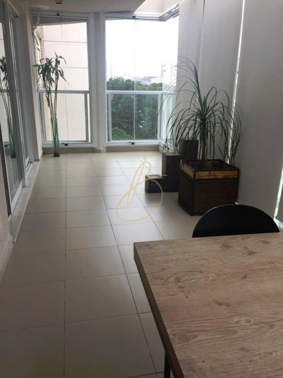 Cobertura de 5 dormitórios em Chácara Santo Antônio, São Paulo - SP