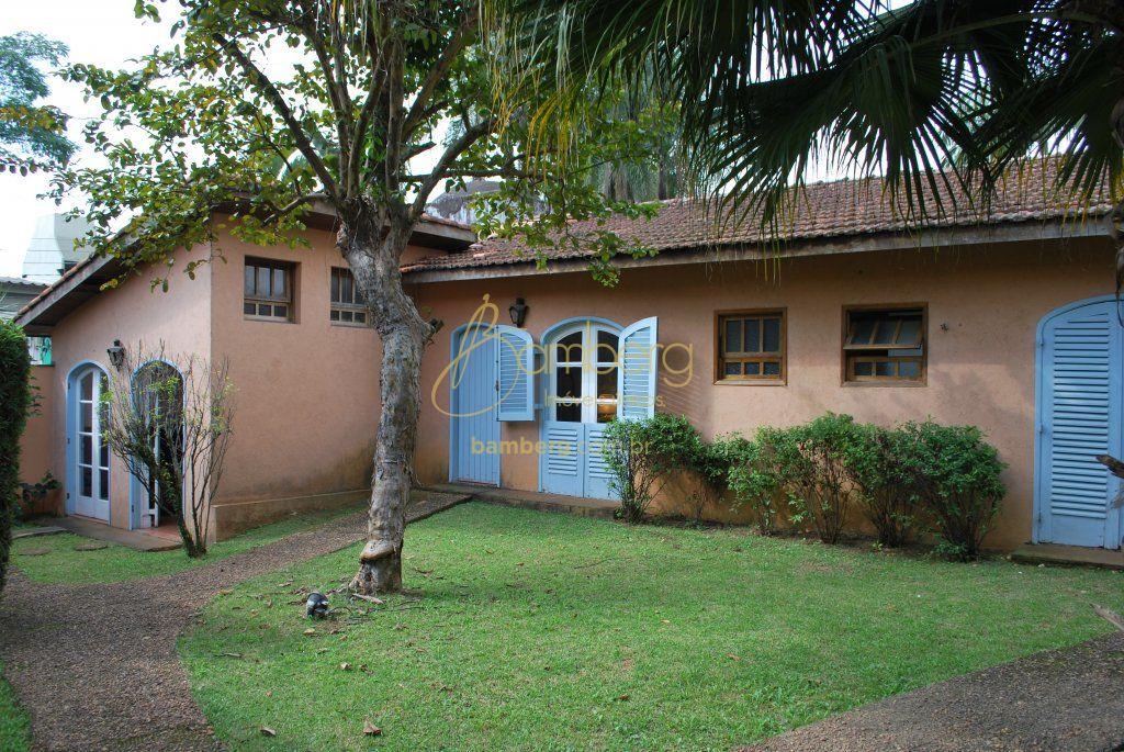 Casa de 6 dormitórios em Chácara Monte Alegre, São Paulo - SP