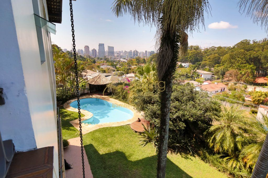 Casa de 5 dormitórios à venda em Morumbi, São Paulo - SP