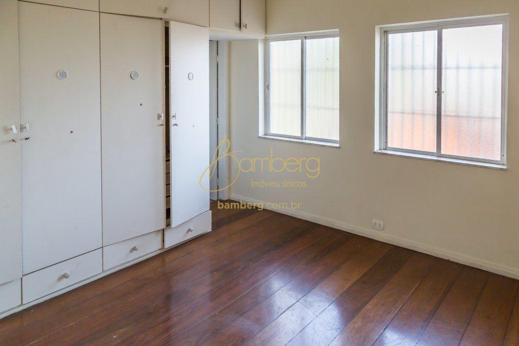 Casa de 6 dormitórios à venda em Interlagos, São Paulo - SP