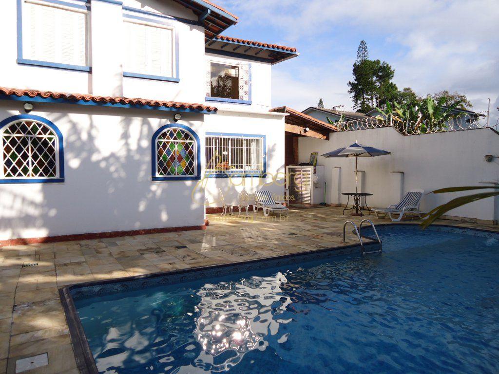 Casa de 6 dormitórios em Interlagos, São Paulo - SP