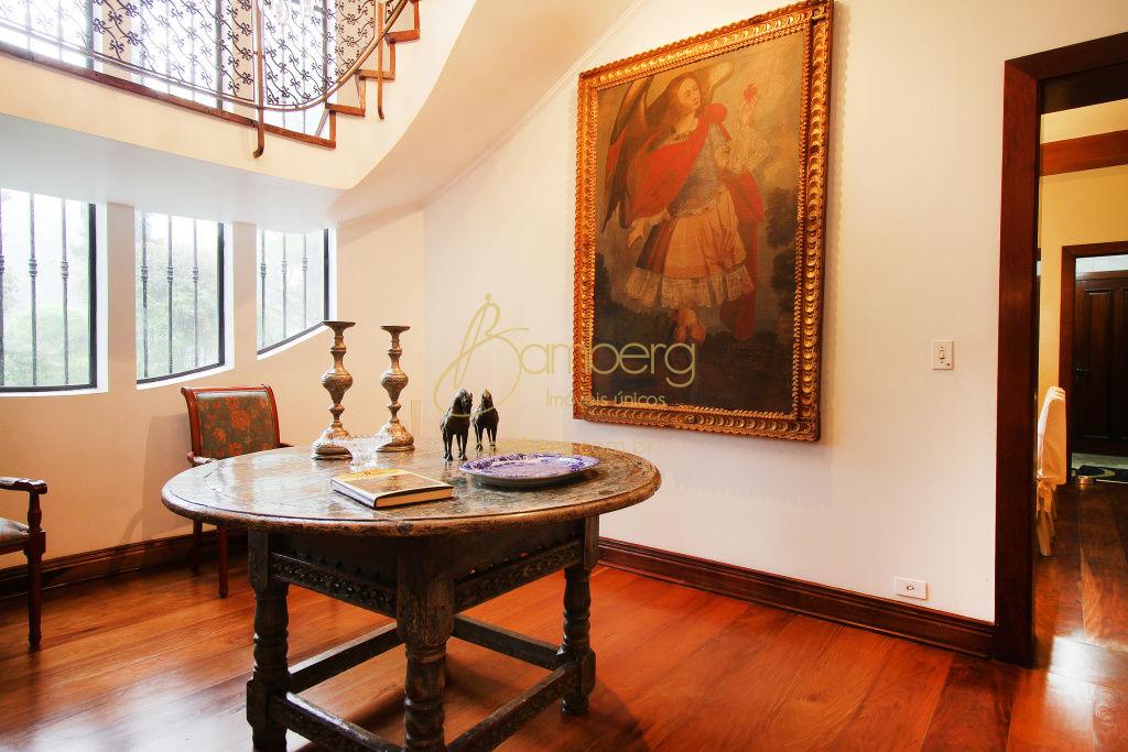 Casa de 6 dormitórios à venda em Granja Julieta, São Paulo - SP