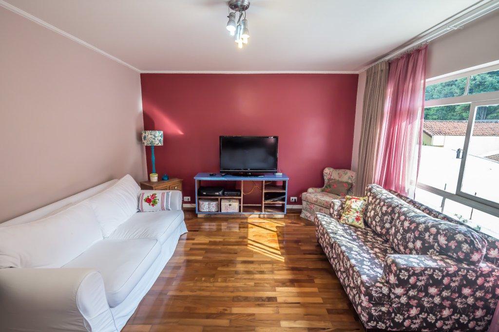 Casa de 3 dormitórios em Chácara Monte Alegre, São Paulo - SP