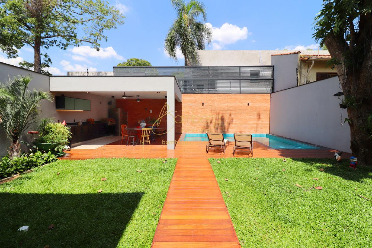 Casa de 3 dormitórios em Chácara Santo Antônio, São Paulo - SP