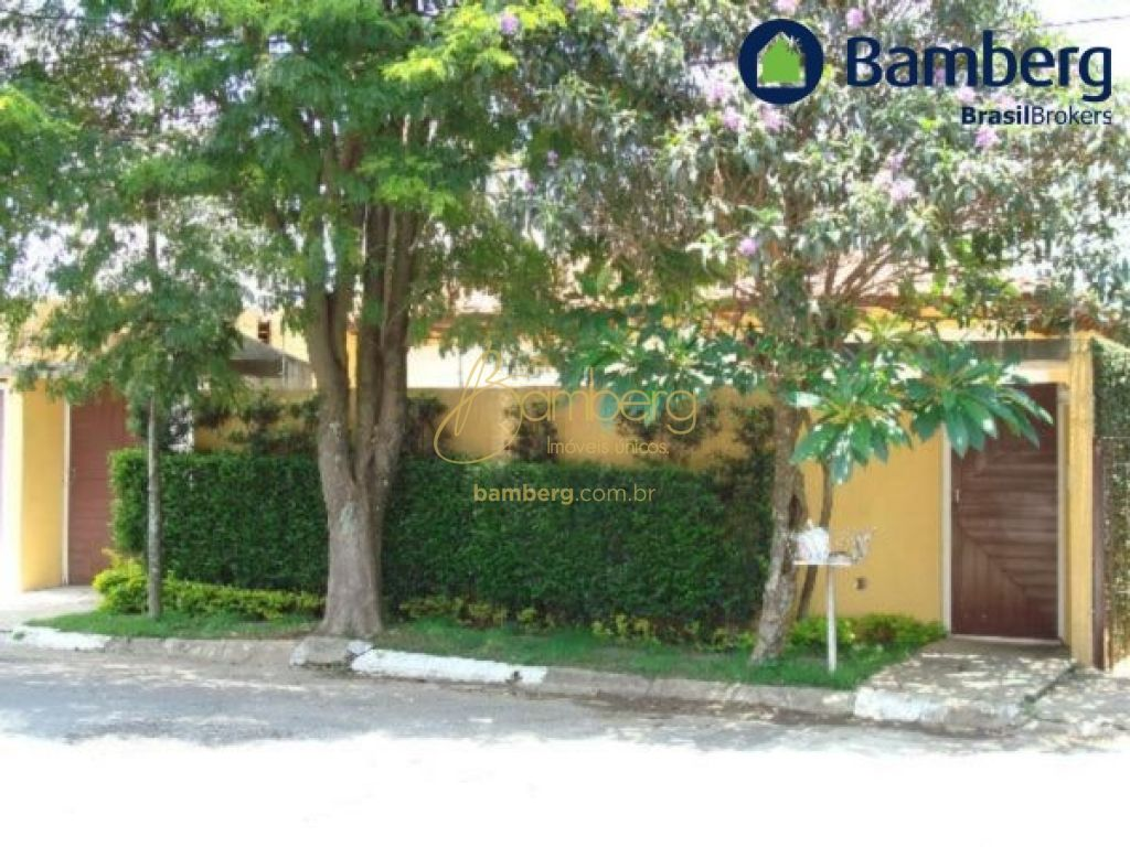 Casa de 5 dormitórios em Jardim Marajoara, São Paulo - SP
