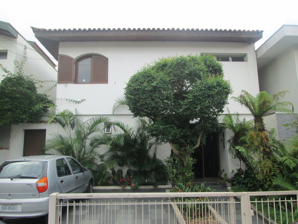Casa de 4 dormitórios em Granja Julieta, São Paulo - SP