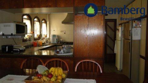 Casa de 4 dormitórios em Jardim Cupecê, São Paulo - SP