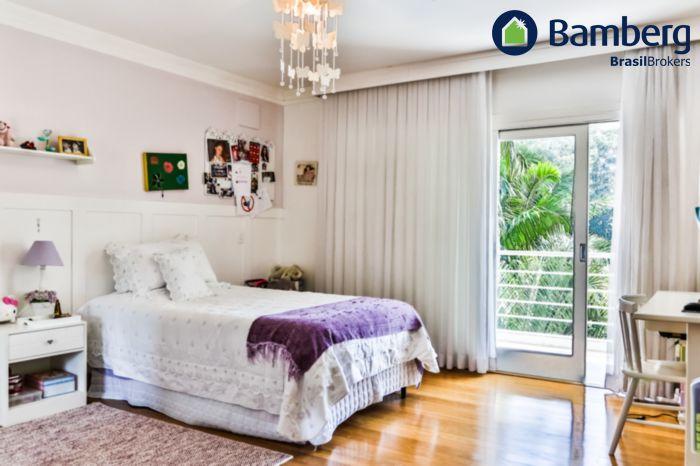 Casa de 4 dormitórios à venda em Jardim Marajoara, São Paulo - SP