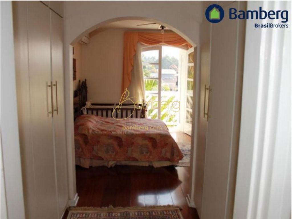 Casa de 5 dormitórios à venda em Chácara Monte Alegre, São Paulo - SP
