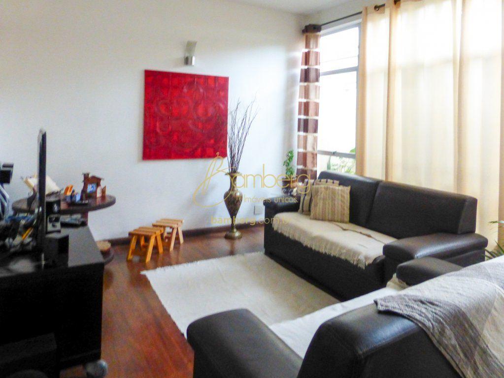 Casa de 3 dormitórios em Parque Jabaquara, São Paulo - SP