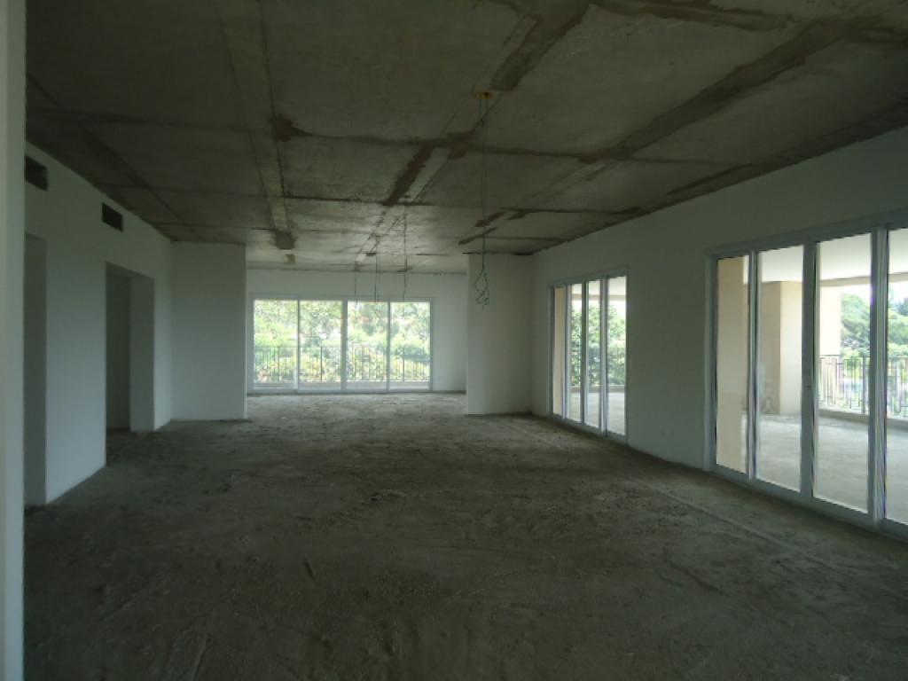 Apartamento de 4 dormitórios à venda em Cidade Jardim, São Paulo - SP