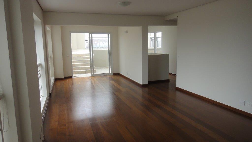 Cobertura de 4 dormitórios em Granja Julieta, São Paulo - SP
