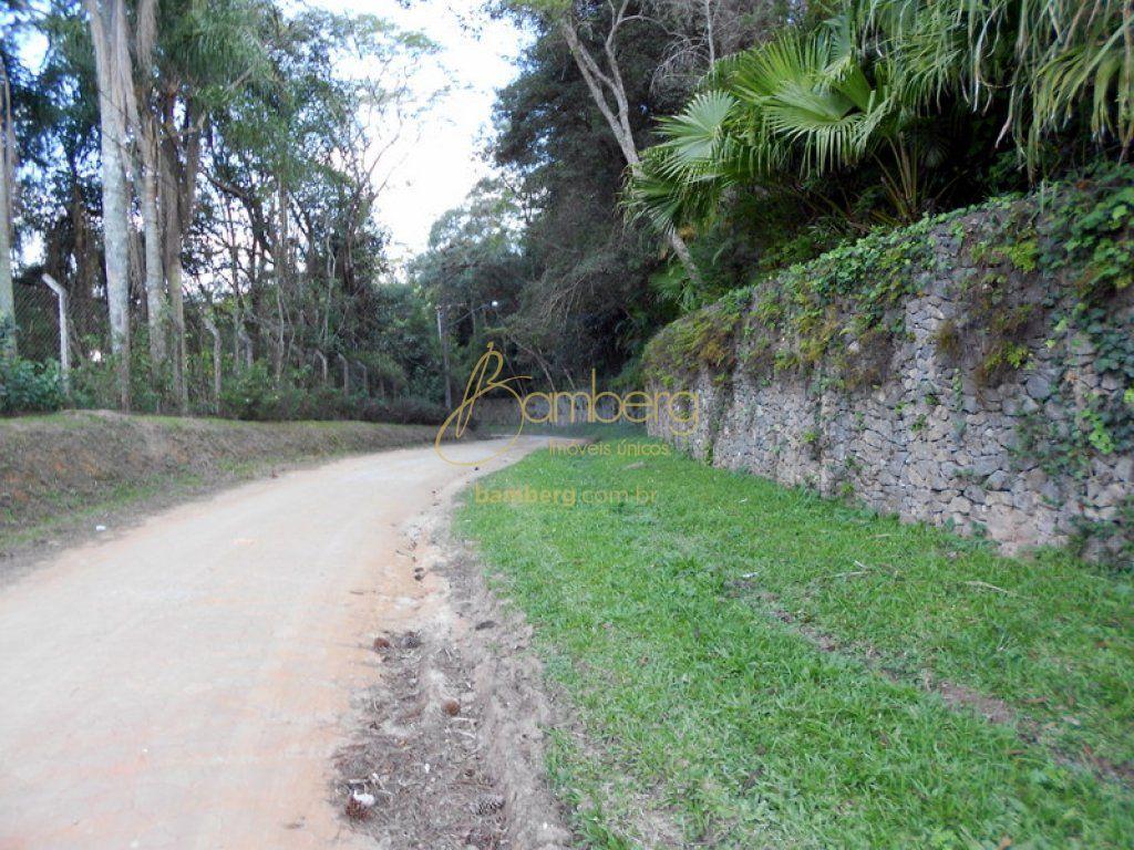 Terreno à venda em Engenho, Itapecerica Da Serra - SP
