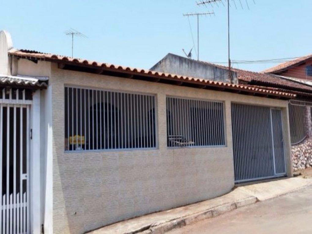 Casa de 4 dormitórios em Metropolitana, Núcleo Bandeirante - DF