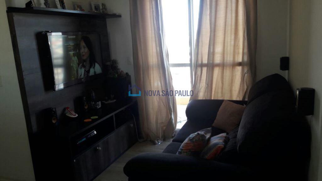 Apartamento à Venda - Jardim Maria Estela