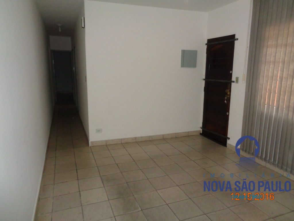Casa Padrão à venda/aluguel, Vila Guacuri, São Paulo