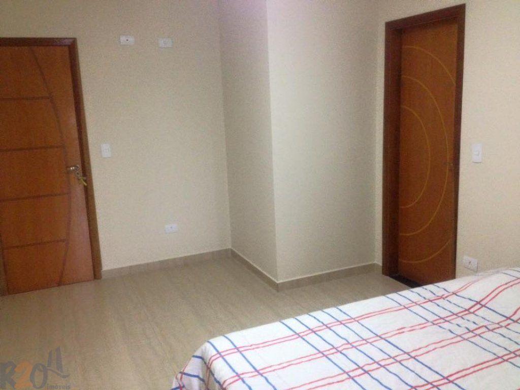 Casa de 3 dormitórios em Parque Vitória, São Paulo - SP