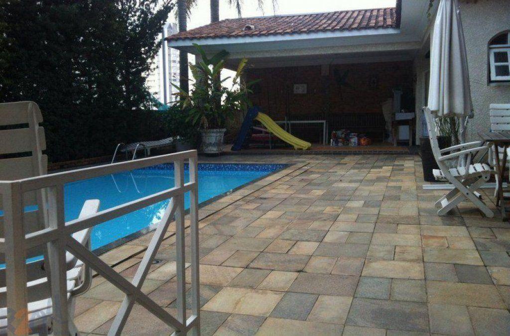 Casa de 4 dormitórios em Vila Paulicéia, São Paulo - SP