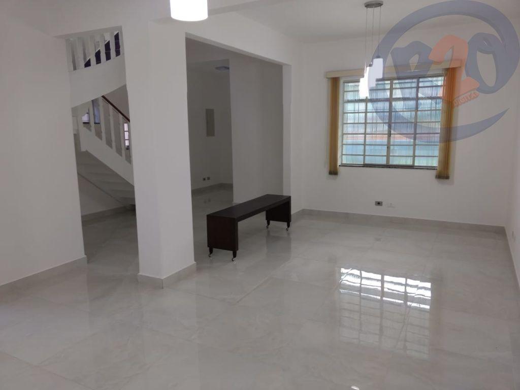Casa de 4 dormitórios em Santana, São Paulo - SP