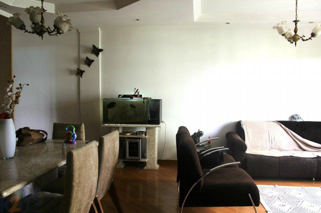 Apartamento de 2 dormitórios à venda em Vila Santos, São Paulo - SP