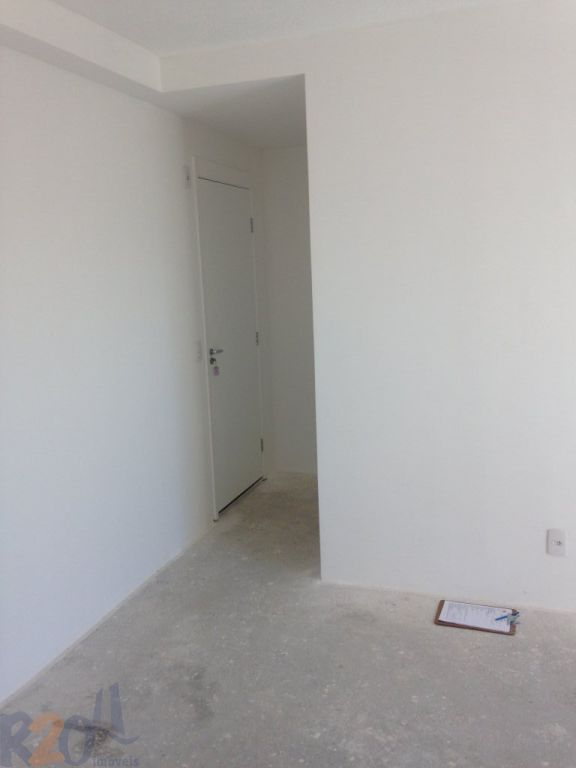 Apartamento de 2 dormitórios em Vila Constança, São Paulo - SP