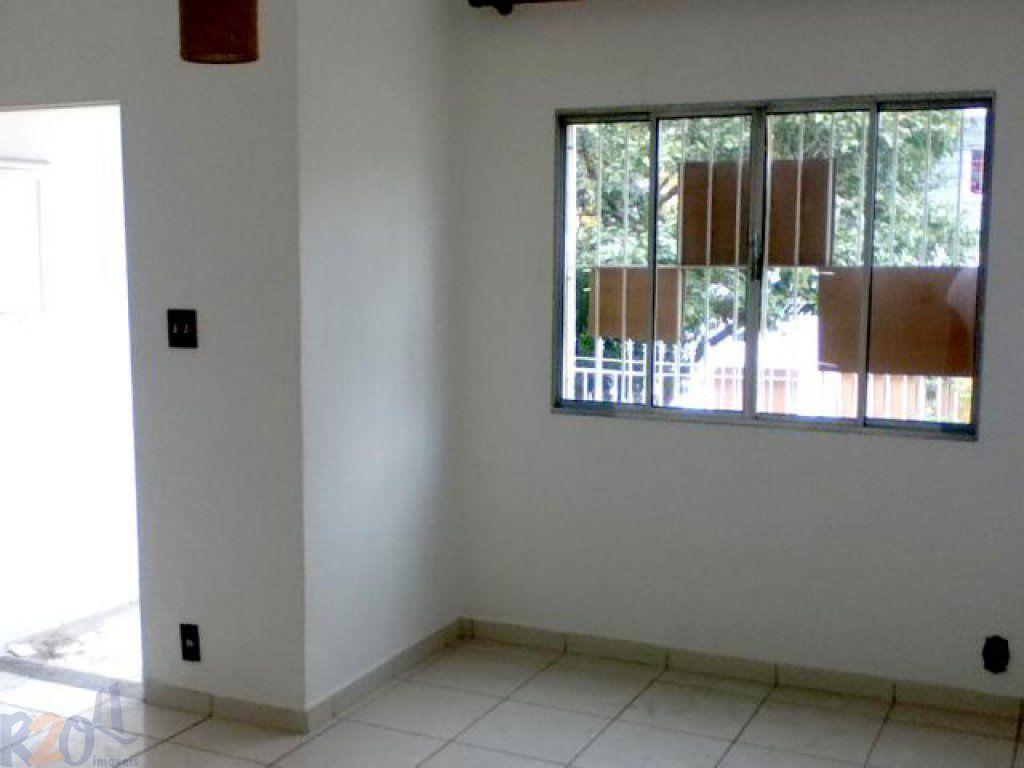 Casa de 2 dormitórios em Alto Da Lapa, São Paulo - SP
