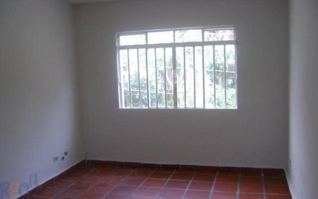 Casa de 2 dormitórios em Vila Sônia, São Paulo - SP