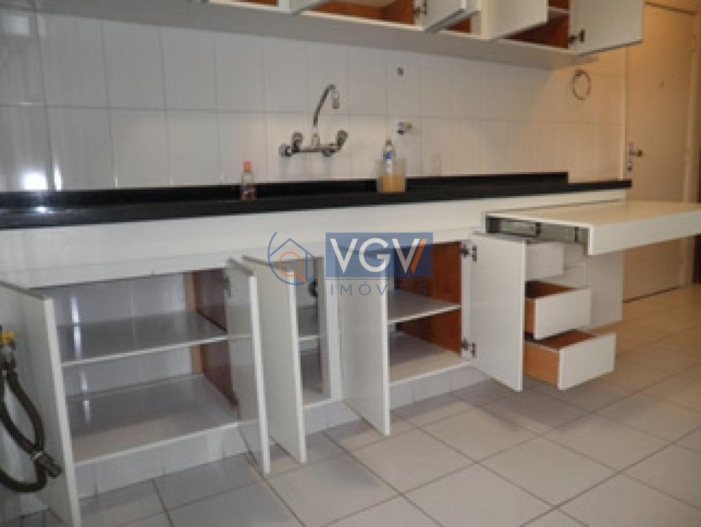 Apartamento Padrão para alugar, Campo Belo, São Paulo