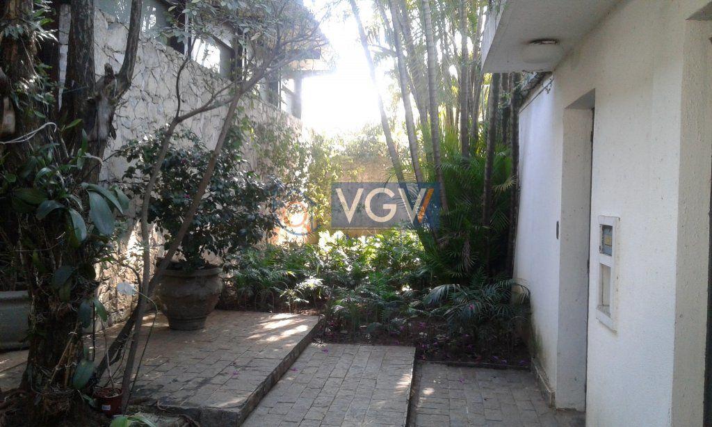 Casa Padrão à venda, Jardim Everest, São Paulo