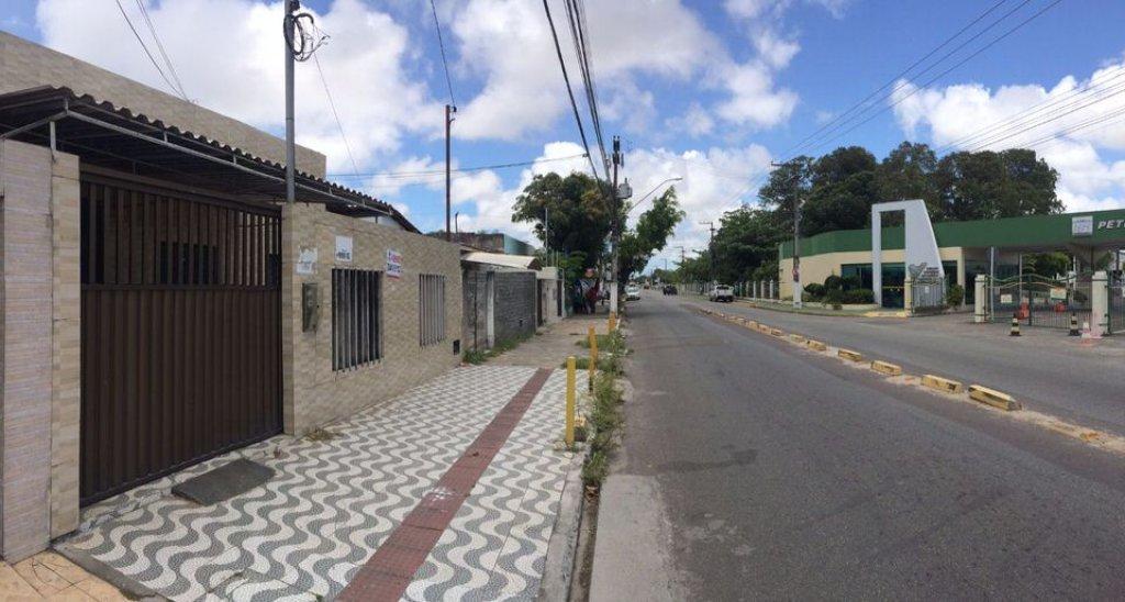 Casa Comercial no Bairro Siqueira Campos
