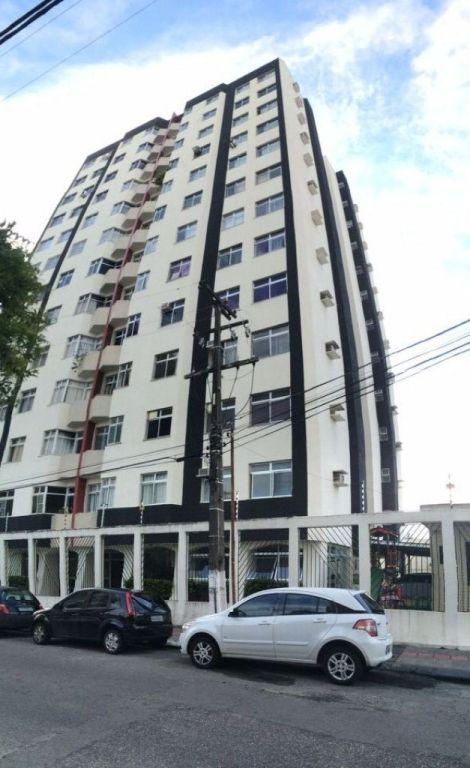Apartamento no Edifício Skorpios