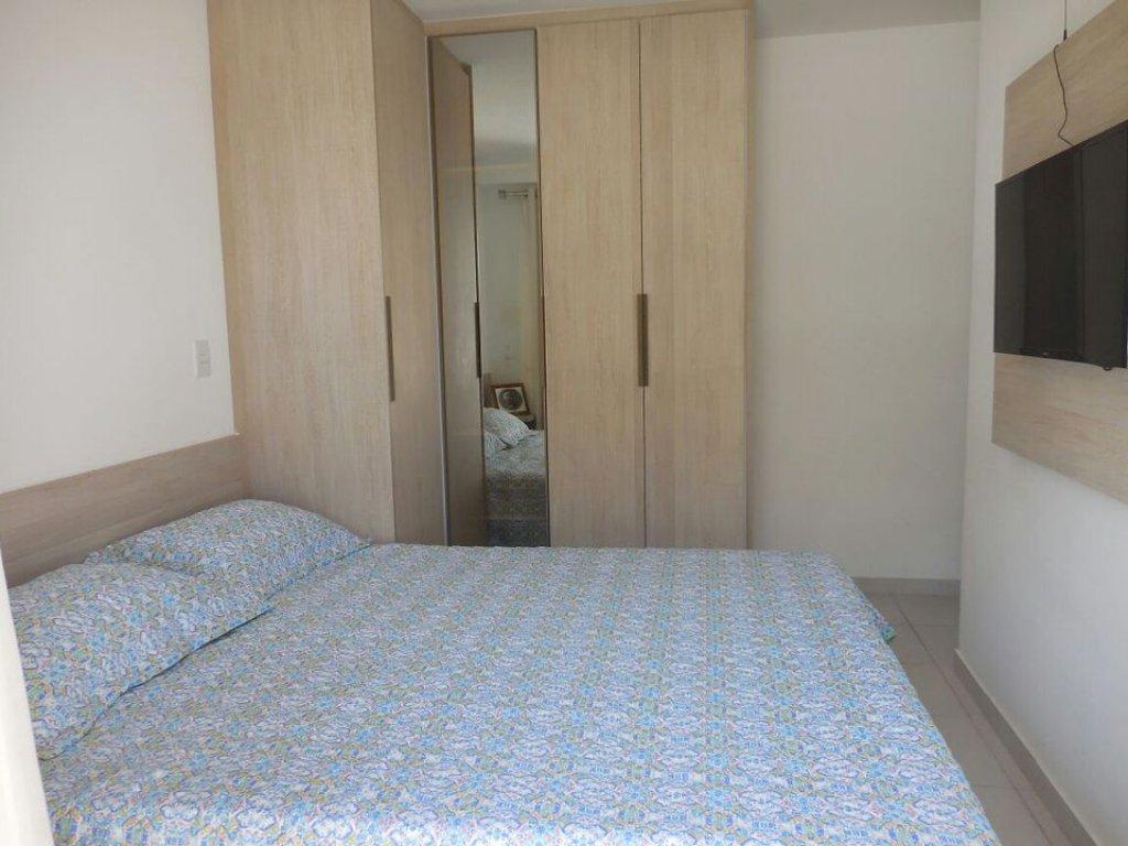 Apartamento no Condomínio Clube Atalaia