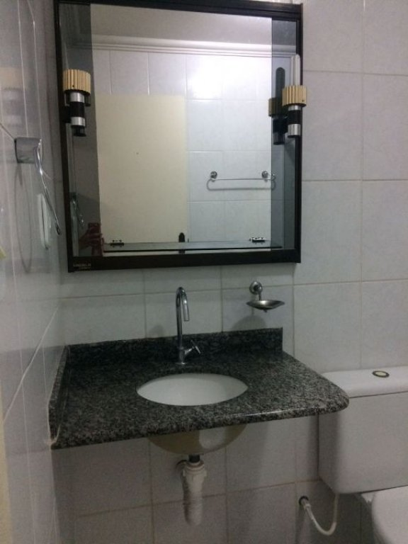Apartamento no Condomínio Alphaville III Edifício Marajó e Marajoara