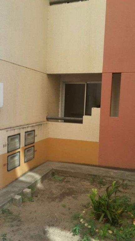 Apartamento no Condomínio Salinas da Barra