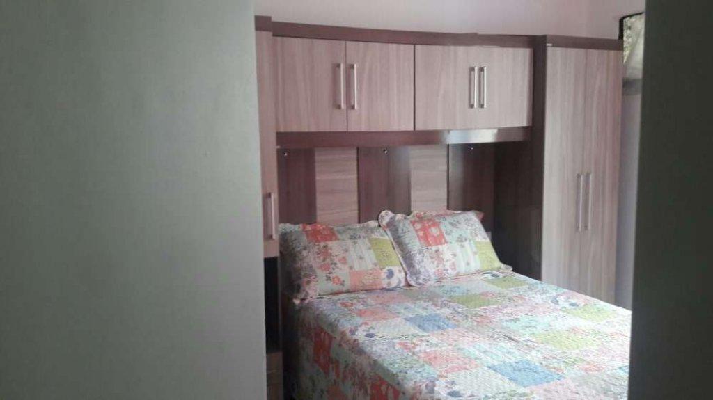 Apartamento no Condomínio Residencial dos Pássaros