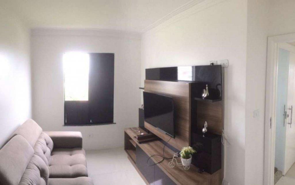 Apartamento no Condomínio Costa Dourada