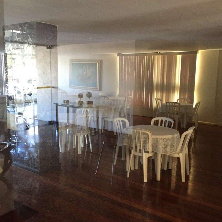 Apartamento no Condomínio Villa Cristina