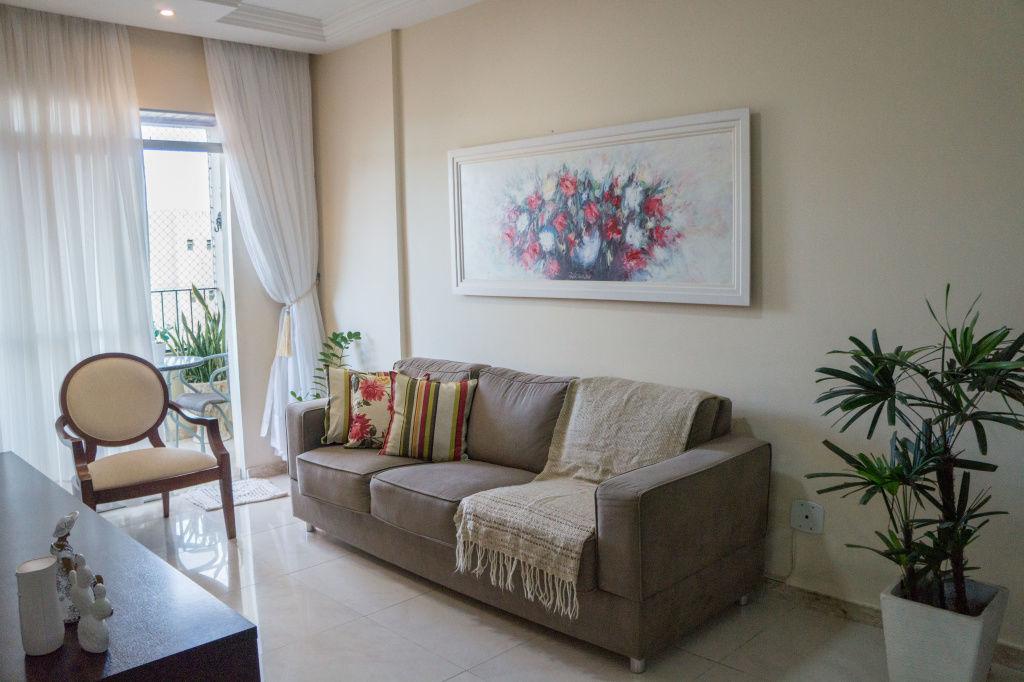 Apartamento no Condomínio Lausanne