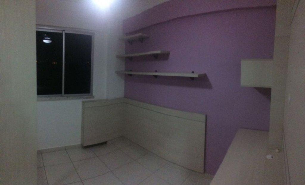 Apartamento no Condomínio Bougainville