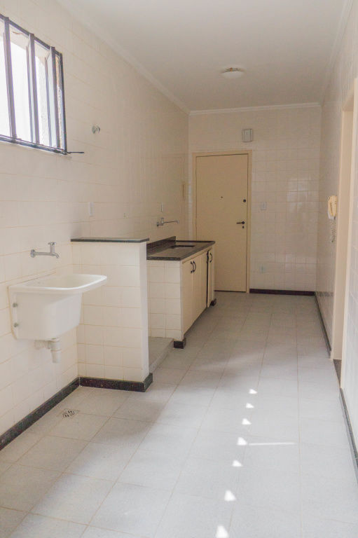 Apartamento no Condomínio Edifício Água Viva