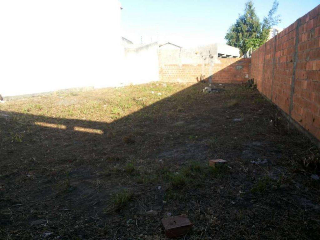 Terreno no Bairro Atalaia