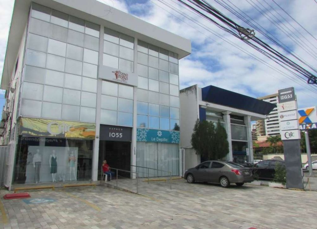 SALA COMERCIAL NO BAIRRO JARDINS PROX AO BANCO DO BRASIL