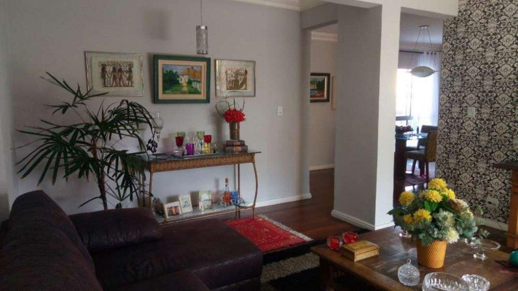 Apartamento no Condomínio Maison Ile de France
