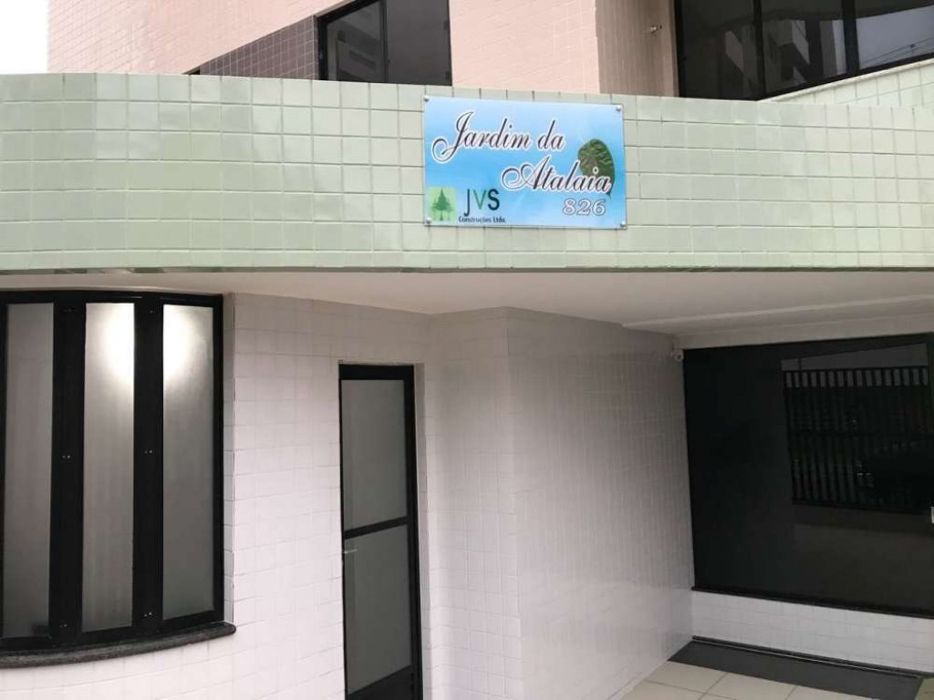 Apartamento no Condomínio Jardim de Atalaia